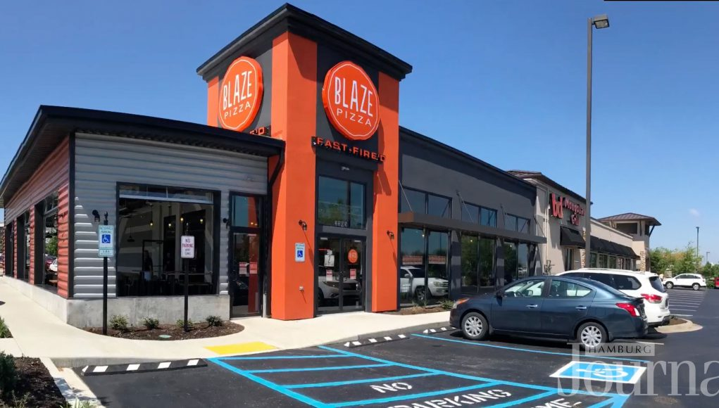outside view of Hamburg blaze pizza