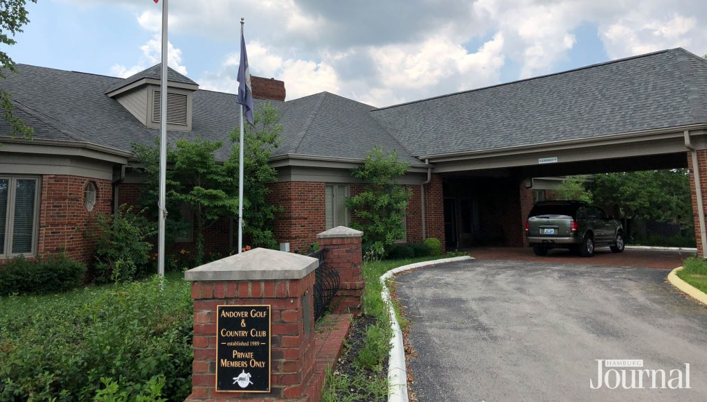 Andover Golf Course: club house for a golf course