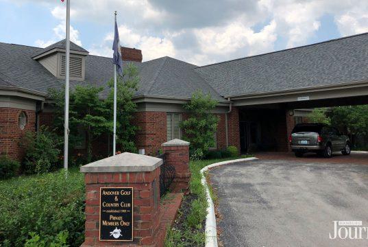 Andover Golf Course: club house for a golf course