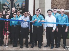 Cowboy Brazilian: ribbon cutting