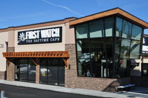 Food: building that says first watch